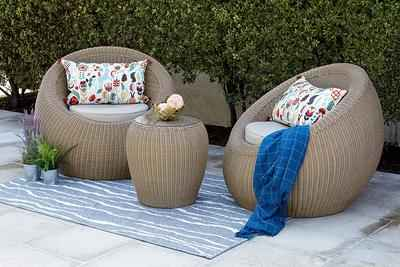 1. Quality Outdoor Living 65-517547 Wicker Plus Tan Cushions Aspen Patio Furniture Chat Set