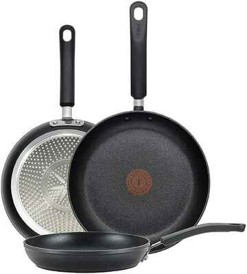 #1. T-Fal E938S3 Black 3Pcs Thermo Spot Total Nonstick Professional Fry Pan Cookware
